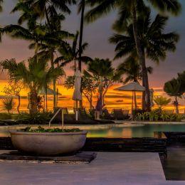 Sunsetbythepool