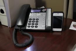 Deskwithphonesprintercd