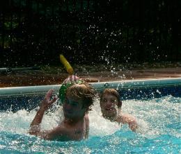 poolwrestling