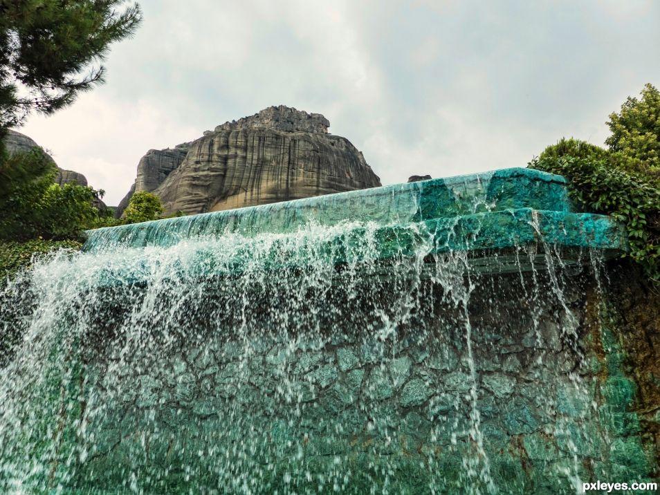 The fountain down the mountain