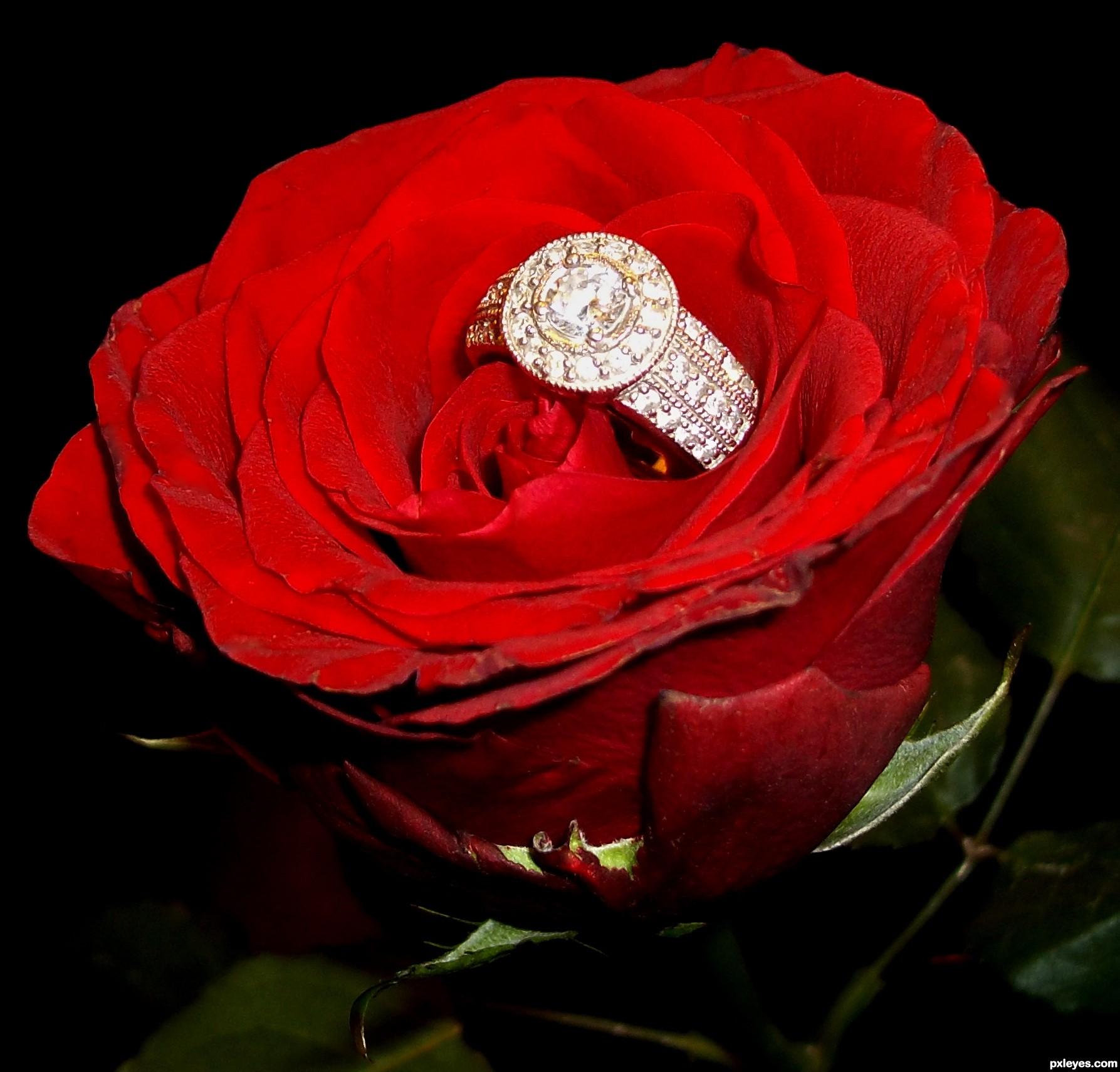 Кольцо в коробочке с цветами фото и