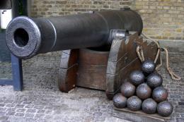 Cannonandballs