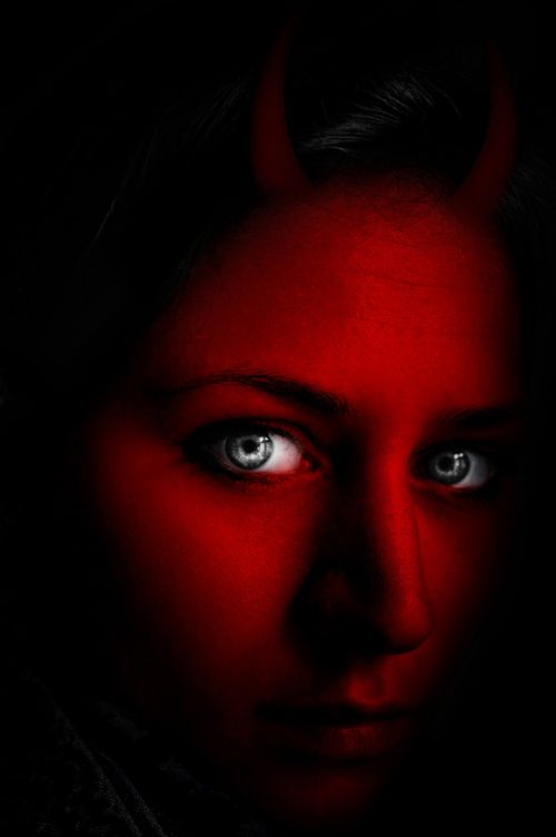 Photoshop Guide The Making Of Beautiful Devil Eyes