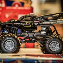 BatMonsterTruck