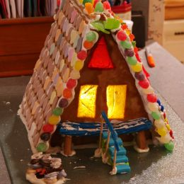 AFrameGingerbreadHouse