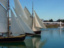 Triangular sails