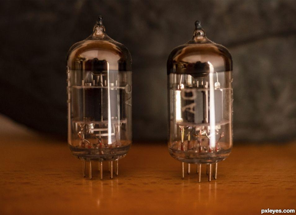 Twin bulbs