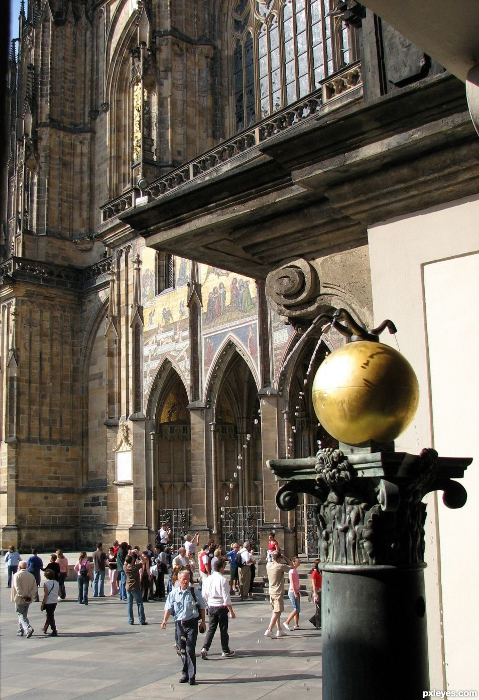 Entry number 108748 Prague Castle fountain