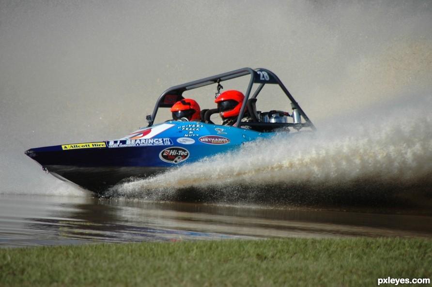 v8 superboat racing