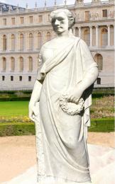 white statue No:2