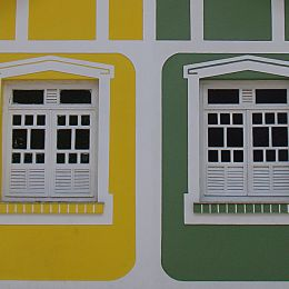 GREENANDYELLOWWINDOWS