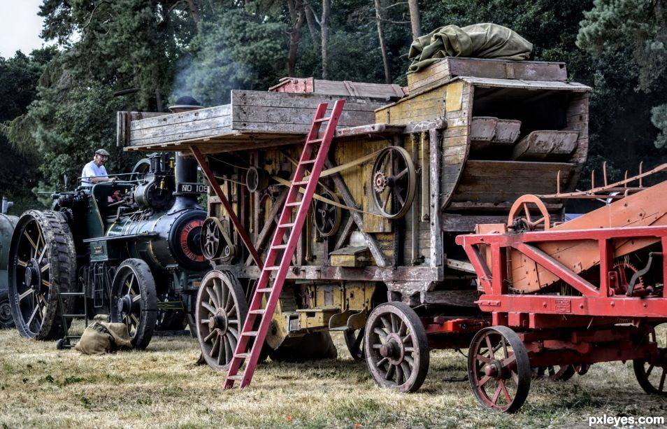 Old thresting Machine