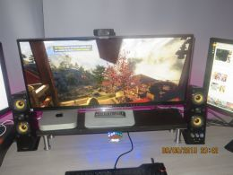 Gaming on the LG34UM95