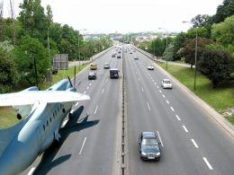 runway to Wrong Way