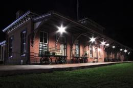 StationHouseatNight