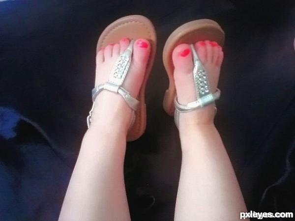 shis feet